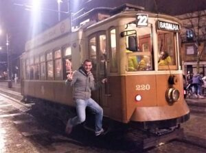 Enganchado a un tranvía de Oporto