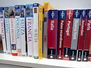 Guías de viaje en libro
