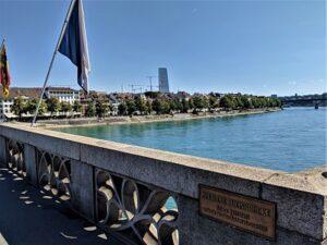 Vistas desde el puente de Basilea