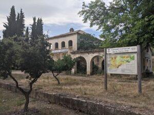 Estación Horta de Sant Joan en la Vía verde val de zafán