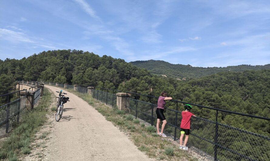 Vía verde Val de Zafán. Dos días en bicicleta. Arnes
